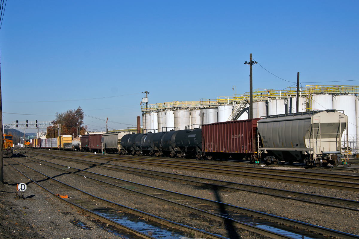 Portland, OR: A BNSF crew flat-switching cars on the north side of the Guild's Lake Yard.