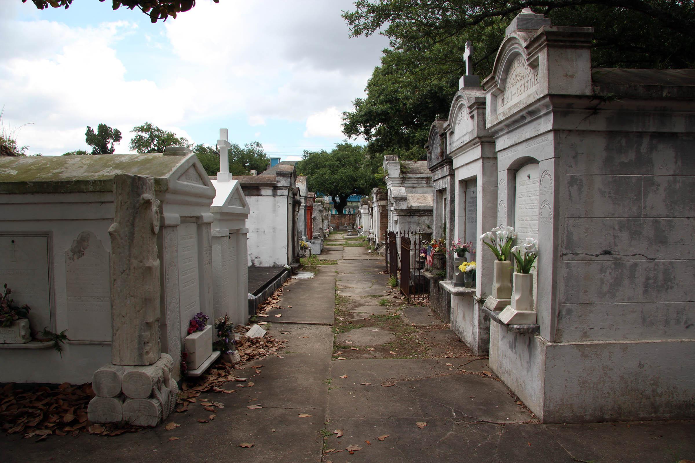 Lafayette Cemetery, New Orleans, LA, USA, 2013.