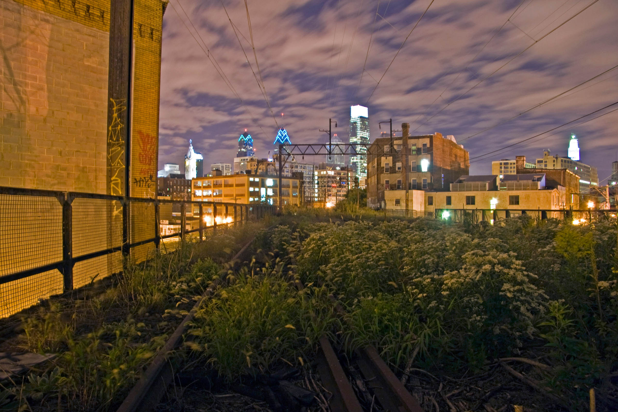 Night photo of the Philadelphia skyline, 2009.