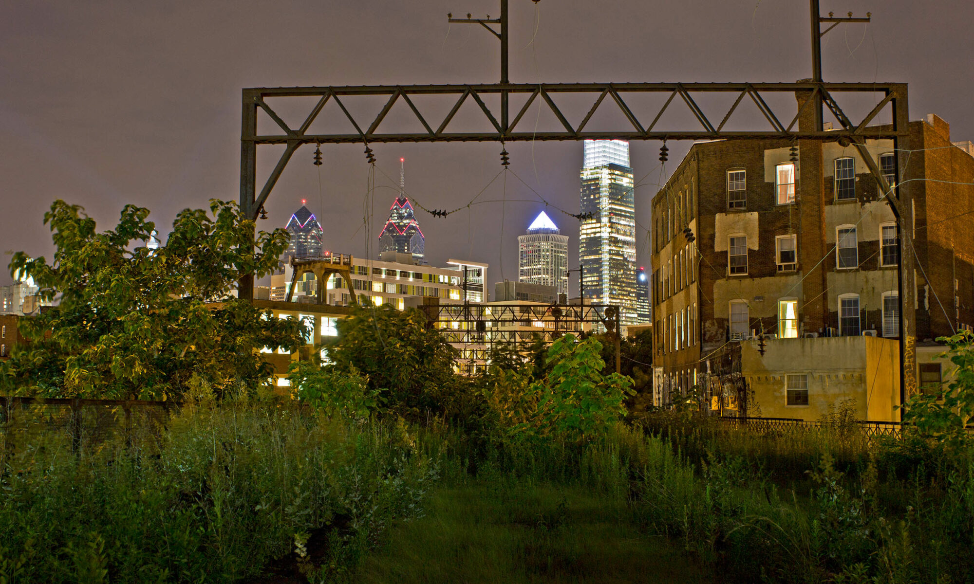 Night photo of the Philadelphia skyline, 2014.